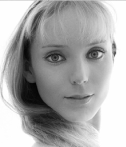 Sarah Lamb Headshot